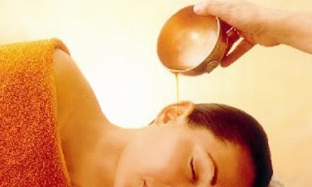 Karna purana - a fülek és a hallás ayurvédikus meleg olajos kezelése